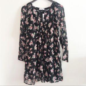‼️NWT Sugar Lips floral print dress‼️
